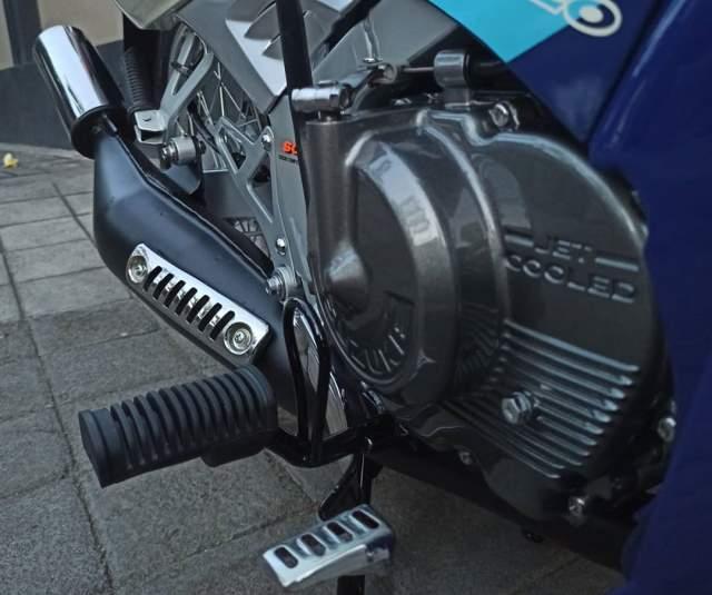 Restorasi Satria 120R Biru Putih knalpot dan mesin