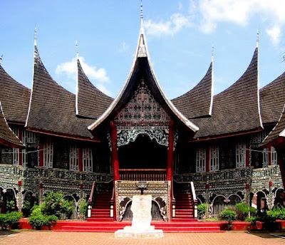 Rumah Adat Sumatera Barat Rumah Gadang