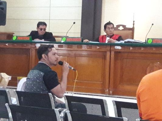 Sidang Kasus Sosial Kitchen: Dicecar Hakim Soal Tarian Striptis, Saksi Berbelit-belit