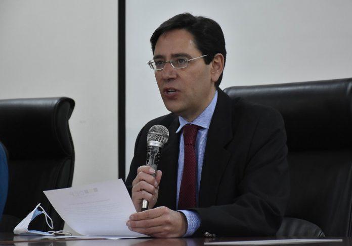 Salvador Romero en conferencia de prensa este jueves / ABI