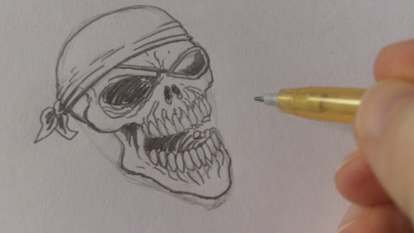 how to draw a pirate skull