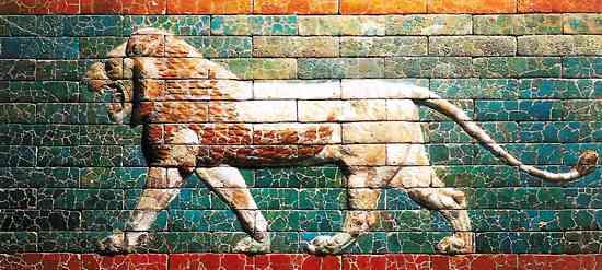 Mydła po raz pierwszy były wytwarzane w Babilonie. Stosowano je jako środek medyczny.