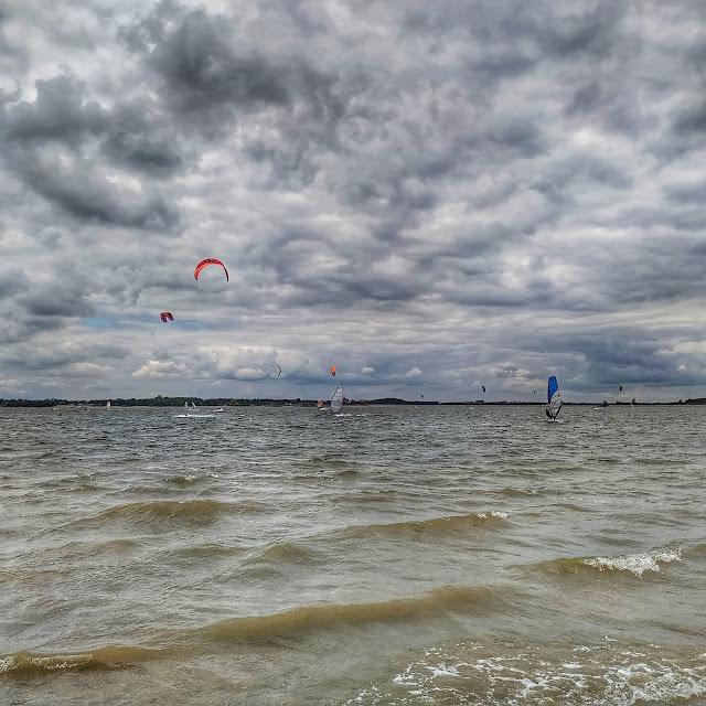 Zalew w Mietkowie windsurfing okolice Wrocławia gdzie jechać?