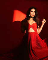 Fatima Sana Shaikh Latest Photo Shoot HeyAndhra