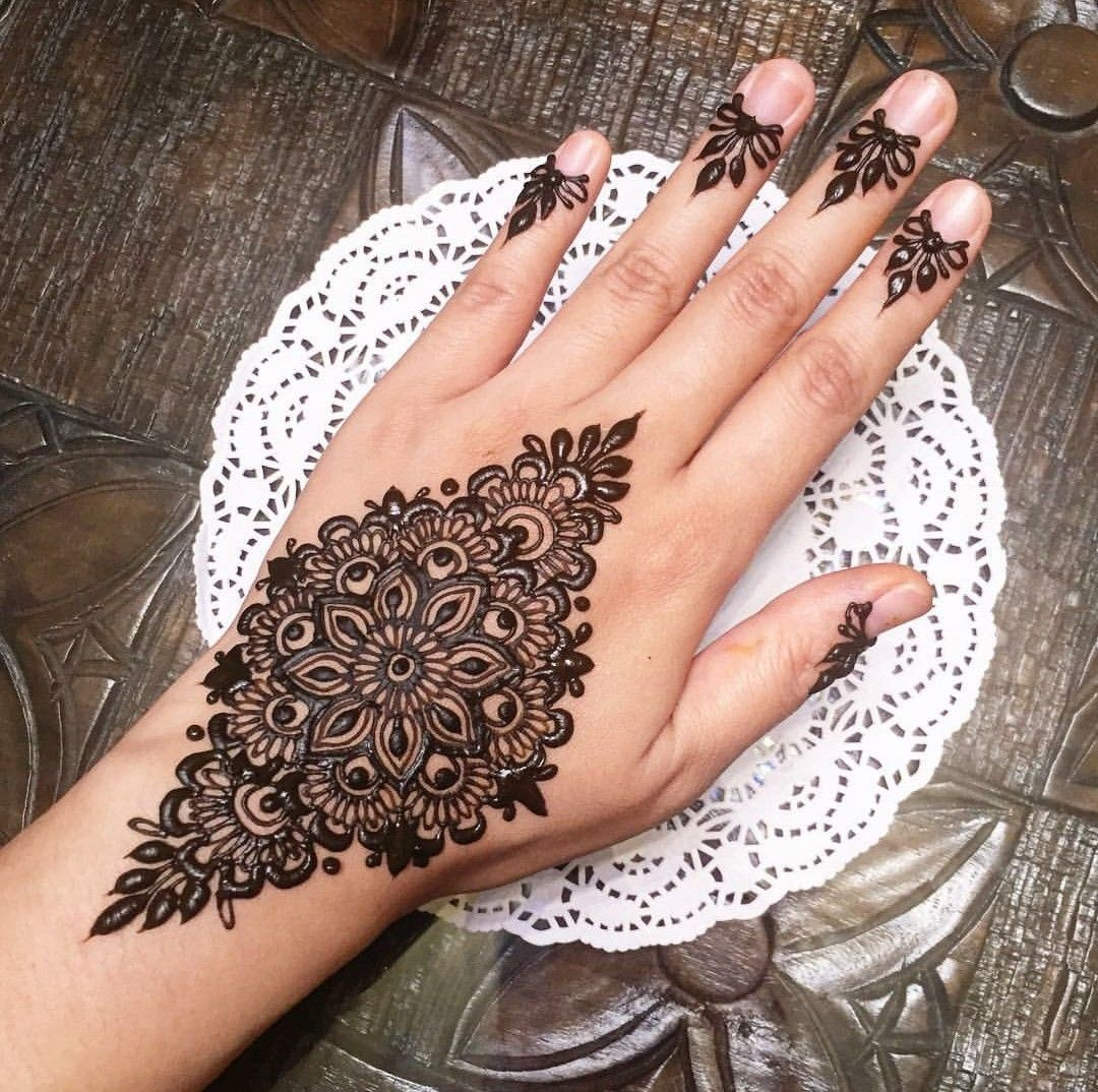 Simple Henna Designs: 40 Latest Mehndi Designs To Try In 2019
