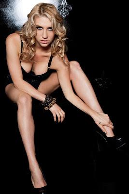 Kesha artis cantik manis