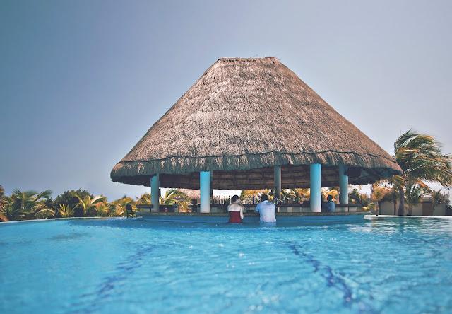 piscina resort paraíso reformas en valencia