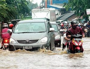 puisi_tentang_alam_bencana_banjir_indonesia