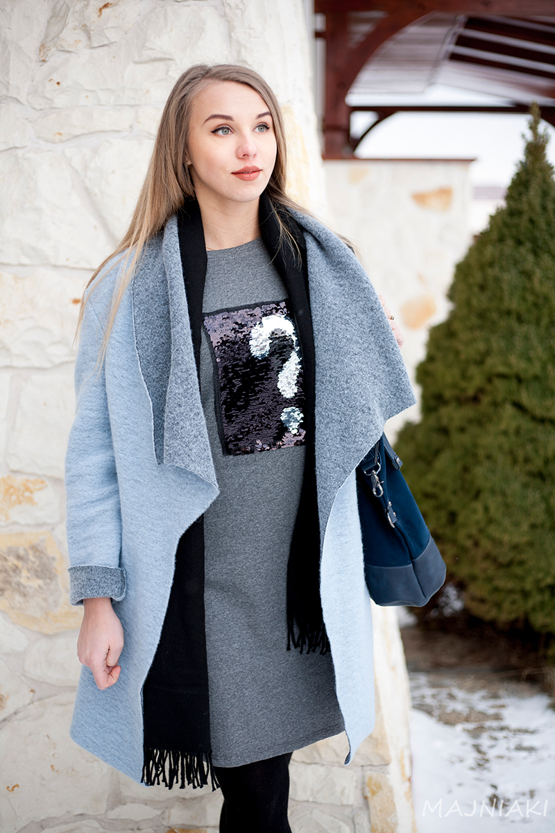 Winter look with waterfall coat