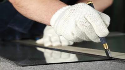 Стекольные работы (остекление оконных переплетов, дверных полотен, установка светопрозрачных ограждений)