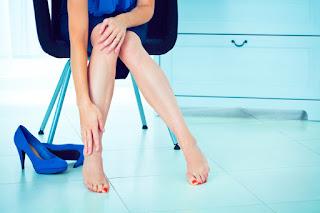 Cara Menghilangkan Nyeri Kaki Setelah Mengenakan High Heels