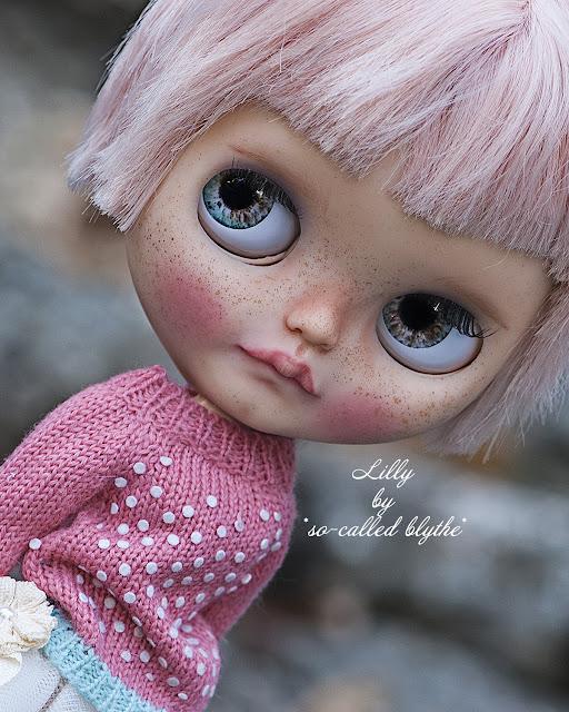 Lilly, adg custom Blythe