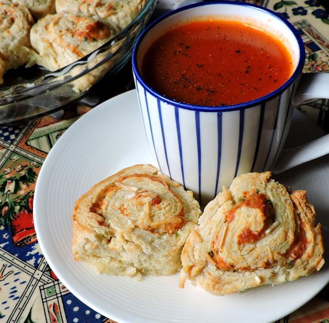 Cheese & Garlic Rolls