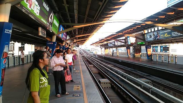 Stasiun, bts, bangkok, kereta, thailand, fakhri.id