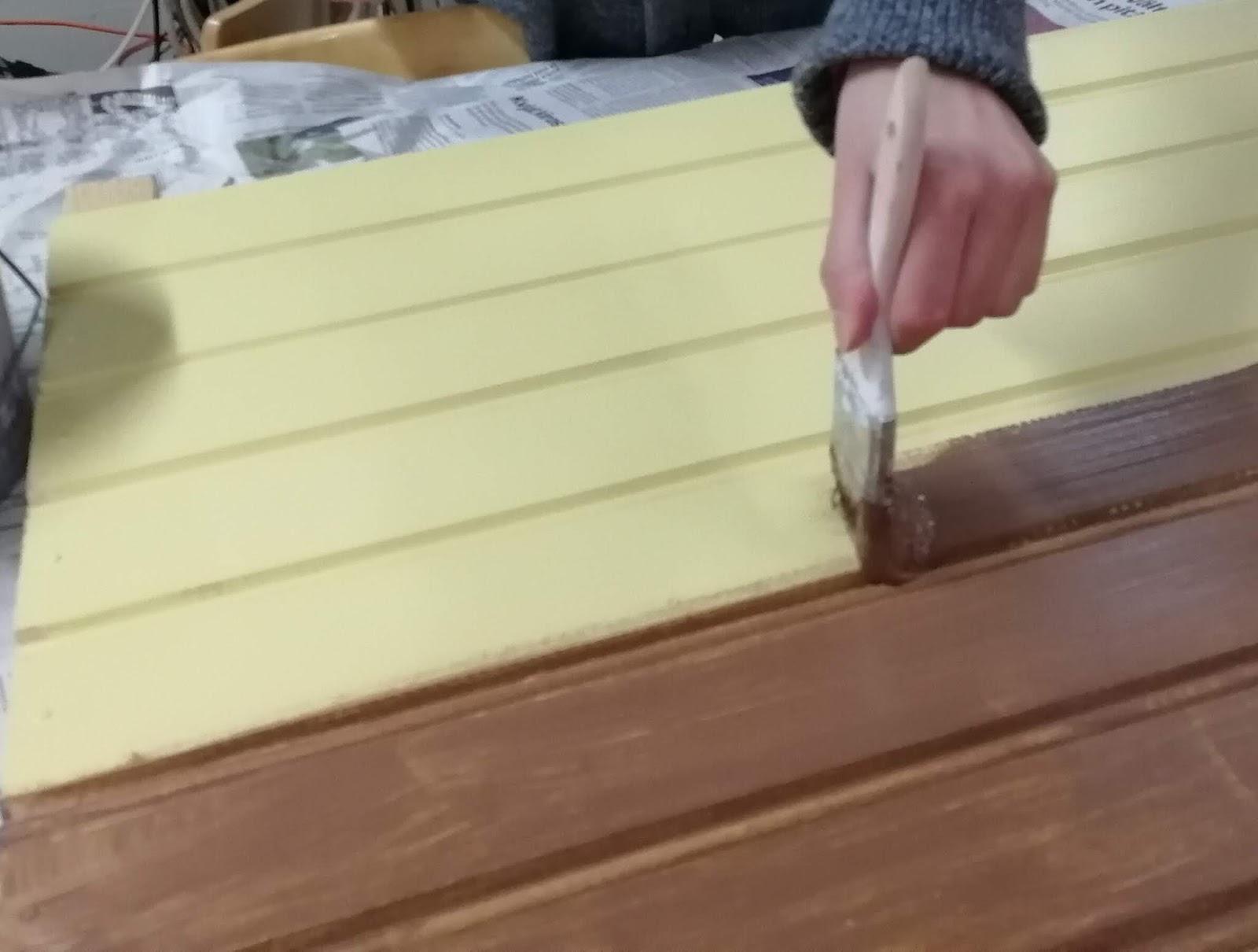maalaaminen puutausta