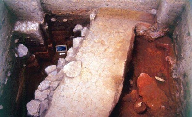 Κλίβανοι 8000 ετών στη Φθιώτιδα