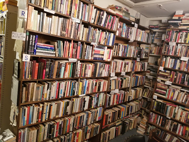 TOP 8  BOOKS YOU MUST READ BEFORE YOU DIE