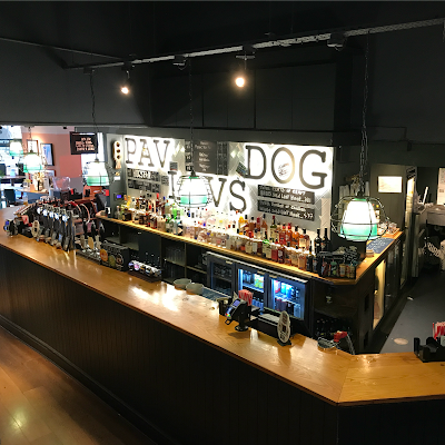 The bar in The Pavlov's Dog