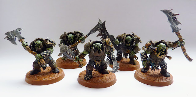 Ironjawz Brutes with jagged gore-hacka