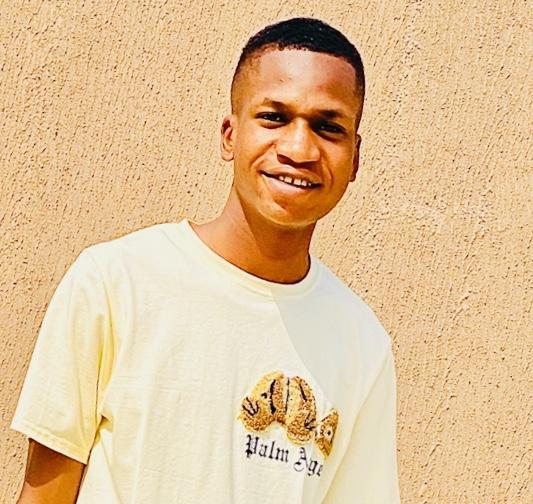 Ogunsakin Oluwadamilare CEO daretechy.com.ng