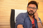 Venkatesh stylish photos gallery-thumbnail-15