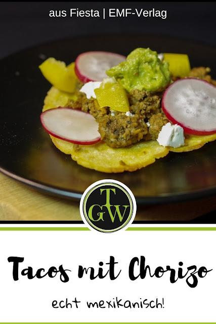 mexikanische Tacos mit Chorizo und Avocado-Creme #tacos #mexikanisch #chorizo