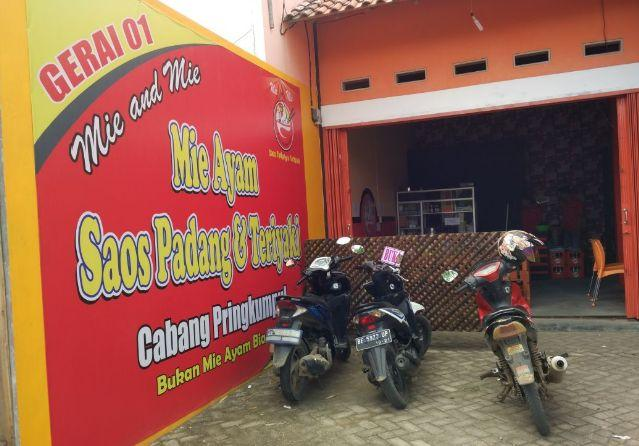 Nyobain Mie Ayam Saos Padang dan Teriyaki di Mie and Mie Pringsewu Rasanya Mantaap