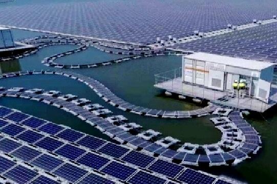 PMA Singapura Bangun PLTS Terapung di Batam, Hasilkan Energi Listrik 2 Gigawatt