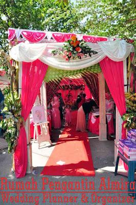 Dekorasi Pintu Masuk pada Paket Pernikahan Semarang