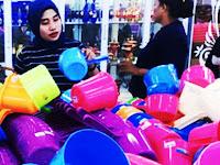 Tradisi 10 Muharram, Warga Pangkep Ramai-Ramai Borong Peralatan Dapur di Pasar