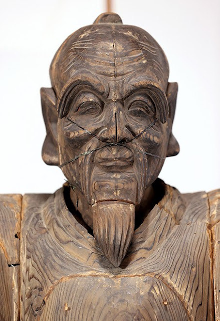 Life-size wooden statue of Warlord discovered in Japan