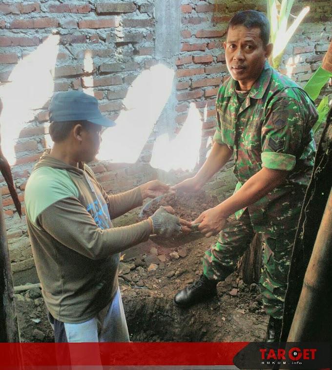 Serka Noor Ahmad Babinsa Koramil Pati Kota Ikut Terjun Bangun Jambanisasi