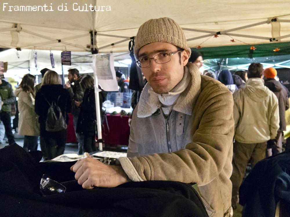 Aldo Marci e la sua camera oscura portatile per sviluppare il collodio umido