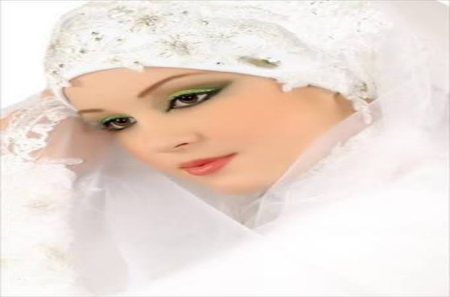 MOST BEAUTIFUL GIRLS WITH HIJAB WALLPAPERS IN HD IMAGES