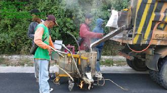 Dinas PUPR Luwu Tingkatkan Kapasitas Struktur Jalan di Desa