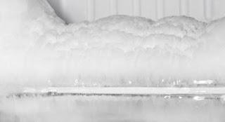 اسباب تكون الثلج داخل الديب فريزر