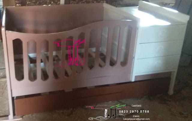 Box Ranjang Bayi Menawan