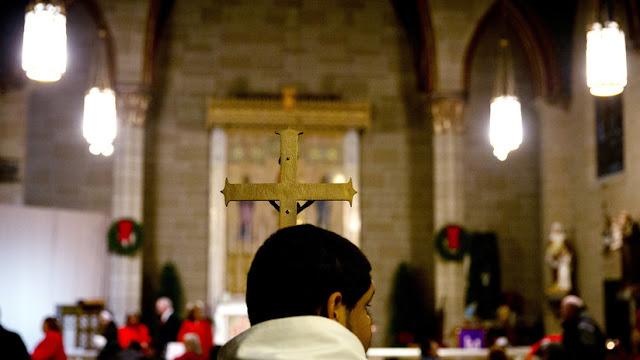 Jesuitas en EE.UU. revelan los nombres de más de 150 miembros de su clero acusados de abuso sexual