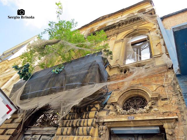 Vista da fachada da  Antiga residência de Eulálio da Costa - Centro - São Paulo (Em ruínas)