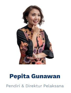 Pepita Gunawan lulusan sarjana dan  Magister dari National University of Singapore. dengan pengalaman : bekerja selama 6 tahun sebagai konsultan dan pelatih dalam pengembangan keterampilan selama di Singapura.  tahun 2009 kembali ke Indonesia kemudian membantu sebuah universitas lokal terkemuka di dalam pengembangan kolaborasi dengan industri.  bekerja untuk Google Asia Pasifik yang bertanggung jawab dalam menyiarkan pentingnya teknologi dan mendorong pemanfaatannya dalam pembelajaran.  Pada tahun 2017, mendirikan REFO dan  Maret 2018 bersama  Steven Sutantro mengelola REFO sejak awal.  Merupakan Pelatih bersertifikasi Google, telah melatih, memberikan konsultasi, dan menginspirasi lebih dari 4.000 siswa, pendidik, dan pemimpin lembaga.