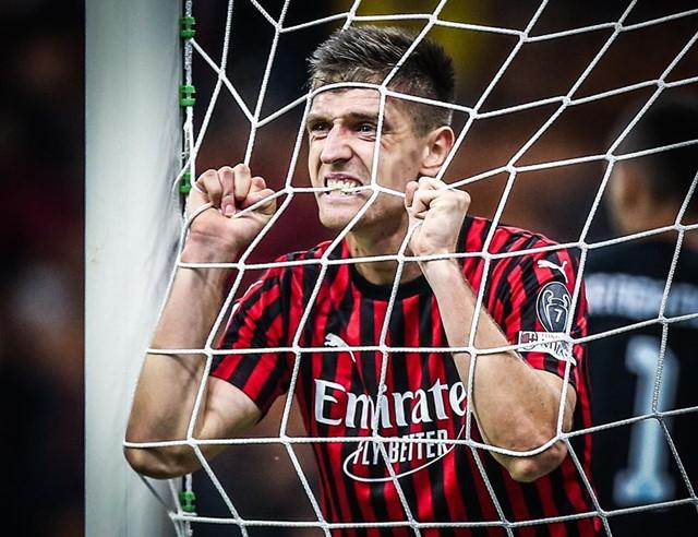 Stefano Pioli Ubah Cara Makan AC Milan Supaya Kompak-IGacmilan