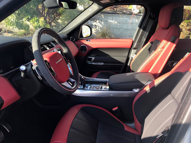 Front seats in 2019 Range Rover Sport HST MHEV