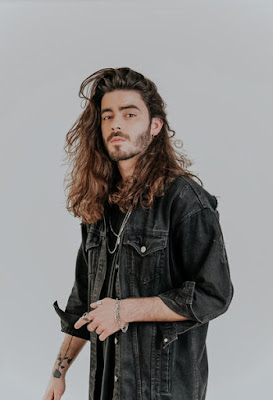 """""""Perto de Mim"""" é o novo single de SYRO"""