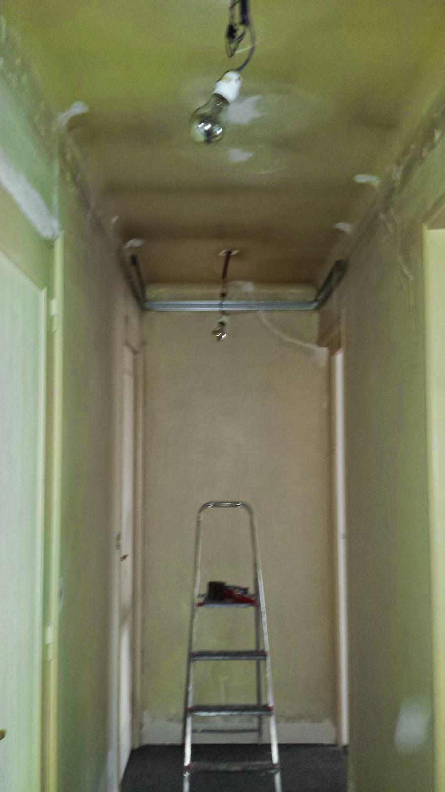 Couloir faux plafond partie 6 massy travaux bricolage for Fixation pour faux plafond