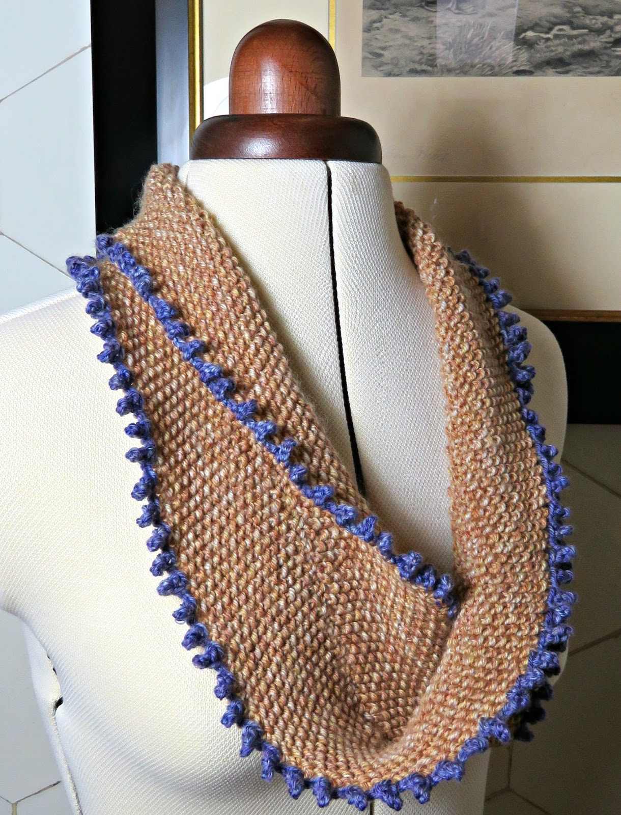 Just saying moebius infinity scarf have you ever tried moebius knitting its a bit of a maths challenge as it knits out from the centre its hard not to marvel at how it works bankloansurffo Gallery