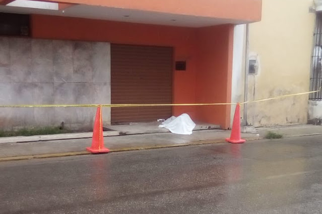 Fallece indigente en céntrica calle de Mérida
