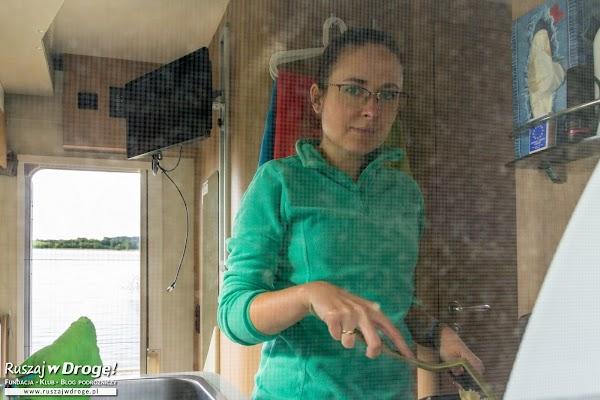 Kamperem przez Polskę  - gotowanie w kamperze