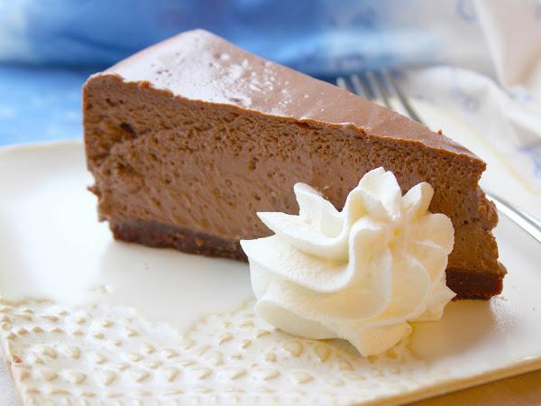 Valloittavan herkullinen Chocolate Cheesecake