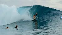 tatiana weston web surfer tahiti 5