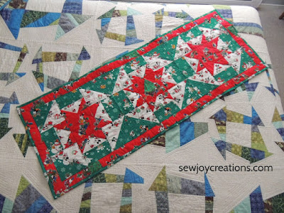 Vintage Holiday Quilted bed runner QUILTsocial